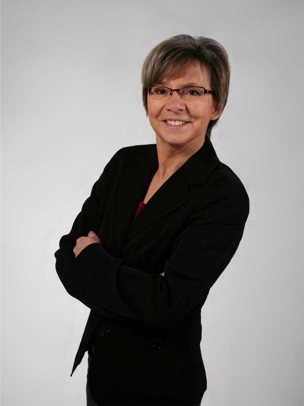 Dr. Susanne Nowitzki-Grimm